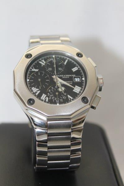 Chronograph full size men's watch